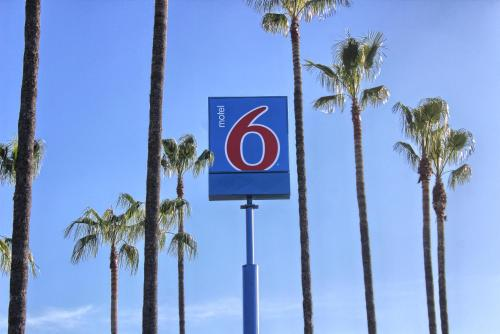 Motel 6 Merced Photo