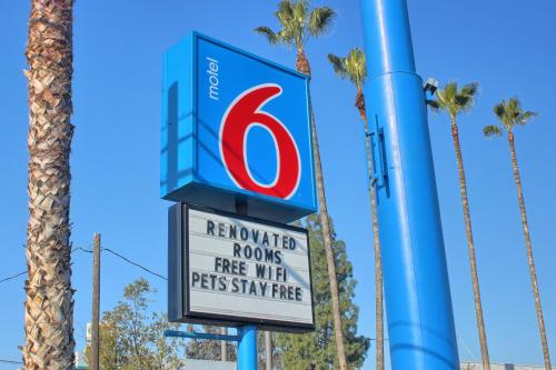 Picture of Motel 6 Merced