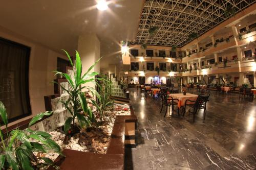 Hotel Fiesta Tijuana Photo