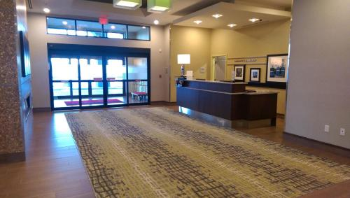 Hampton Inn by Hilton Lloydminster Photo