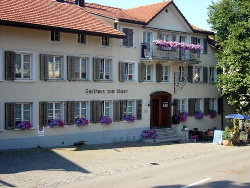 Landgasthaus Lwen