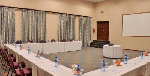 BON Hotel Midrand Photo