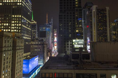 The Manhattan at Times Square Photo