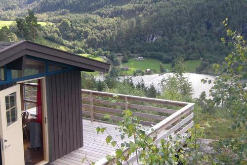 Hotel Two-Bedroom Holiday home in Sogndal 8