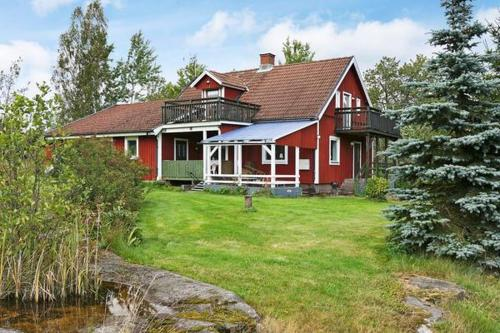 Four-Bedroom Holiday home in Åseda