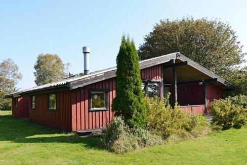 Three-Bedroom Holiday home in Haverdal 2
