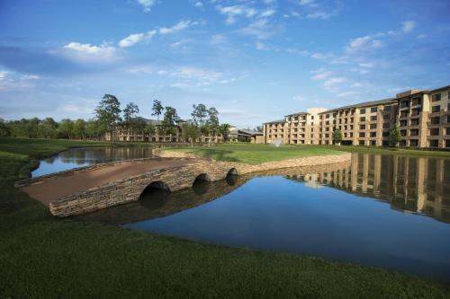 The Woodlands Resort Photo