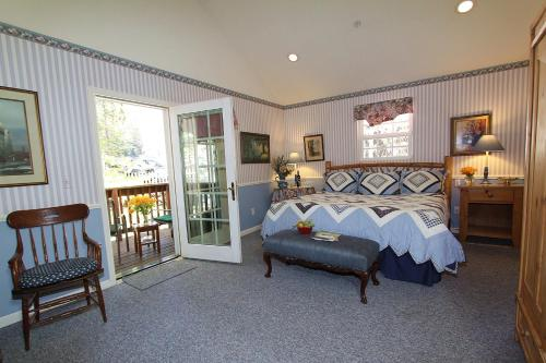 McCaffrey House Bed and Breakfast Inn - Twain Harte, CA 95383
