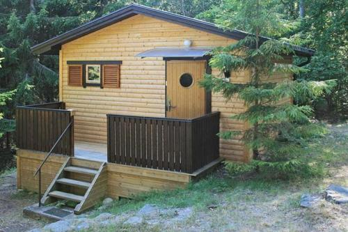 ONE BEDROOM HOLIDAY HOME IN 2