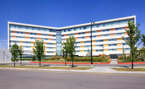 University of Calgary - Seasonal Residence at Alma Photo