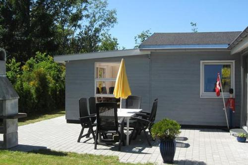 Two-Bedroom Holiday home in Storvorde 2, Skelby