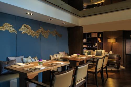 Renaissance Beijing Wangfujing Hotel, A Marriott Luxury & Lifestyle Hotel photo 32