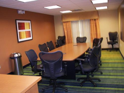 Fairfield Inn and Suites by Marriott Oklahoma City Airport Photo