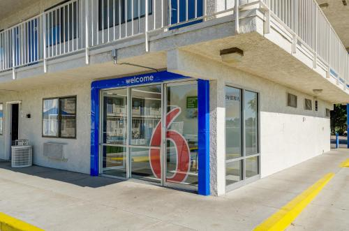 Motel 6 Denver - Thornton Photo