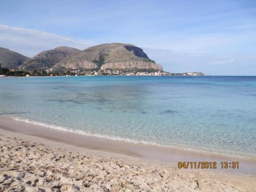 Holiday Home Mondelladdaura - lido-di-mondello -