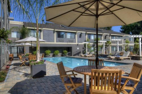 Maple Tree Inn - Sunnyvale, CA 94087