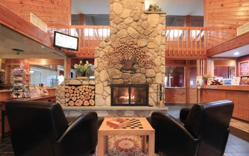 Fireside Inn & Suites Gilford Photo