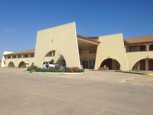 Hometown Inn and Suites Elk City Photo
