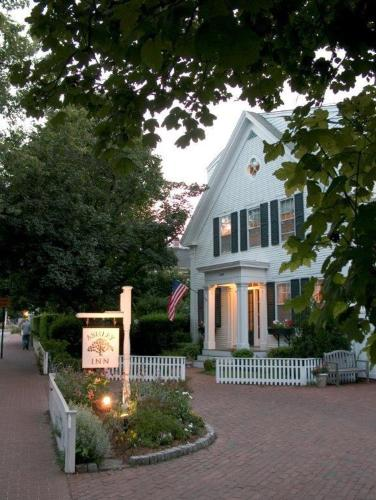 Photo of Ashley Inn hotel in Edgartown