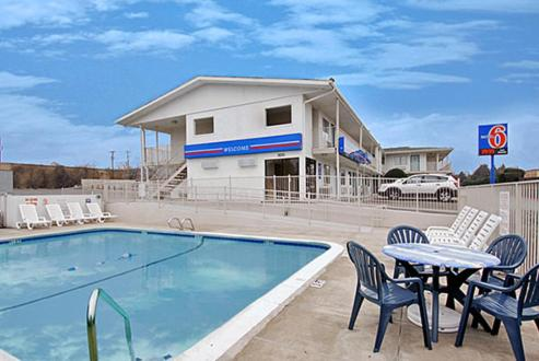 Motel 6 Fort Worth - West Photo