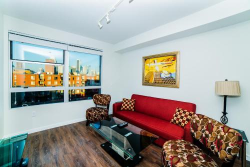 Downtown Mercury Apartment Photo