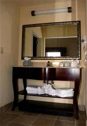 Hampton Inn & Suites Orlando-John Young Parkway/South Park photo 8