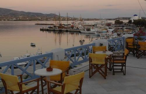 Hotel Mantalena - Antiparos Greece