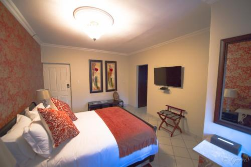 Kings & Queens Boutique Hotel Photo