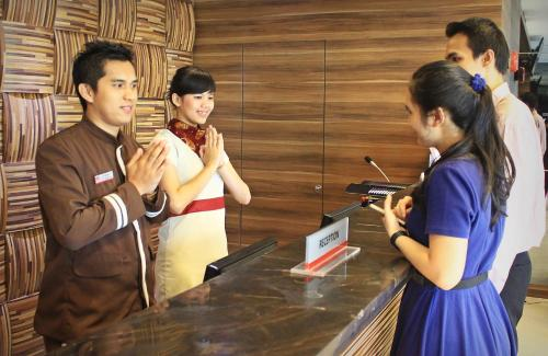 Biz Hotel Batam photo 43