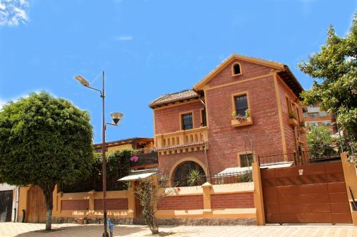Arupo Bed and Breakfast - quito -