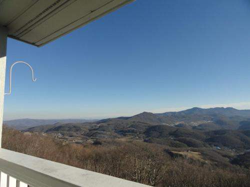 Southcrest Overlook by VCI Real Estate Services Photo