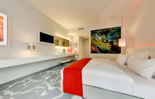 art 39 otel hotel review cologne germany travel. Black Bedroom Furniture Sets. Home Design Ideas