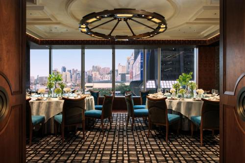 Renaissance Hong Kong Harbour View Hotel, A Marriott Luxury & Lifestyle Hotel photo 45