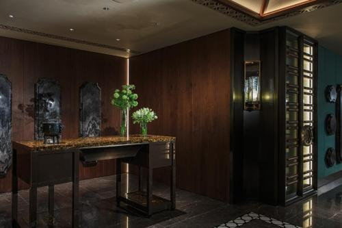 Renaissance Hong Kong Harbour View Hotel, A Marriott Luxury & Lifestyle Hotel photo 50