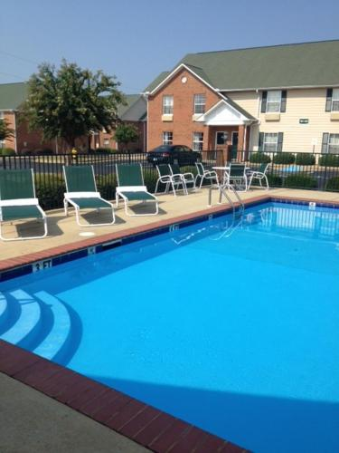InTown Suites Prattville Photo