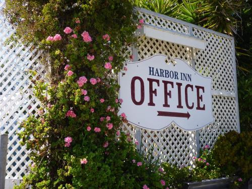 Harbor Inn Photo