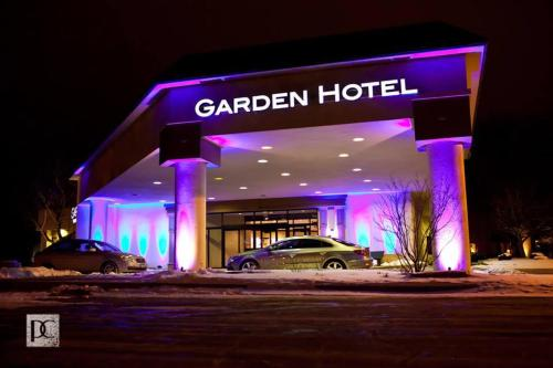 Garden Hotel And Conference Center Photo