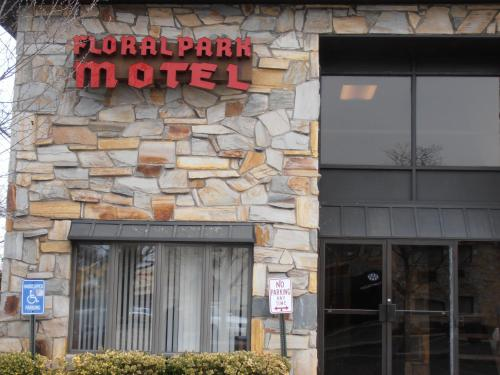 Floral Park Motor Lodge Photo