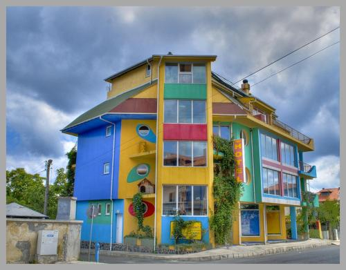 The Colourful Mansion Hotel, Ахтопол
