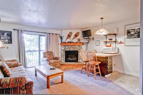 Yosemite West Condos & Properties Photo