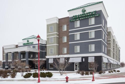 Grandstay Apple Valley Photo