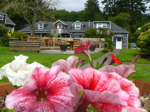 Ecola Creek Lodge Photo