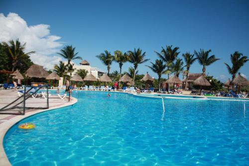 Charming Apartment within Bahia Principe 5* Photo