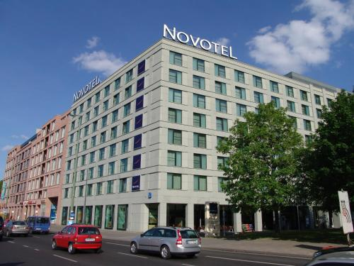Novotel Berlin Mitte photo 2