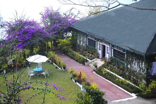 Singtom Tea Estate & Resort