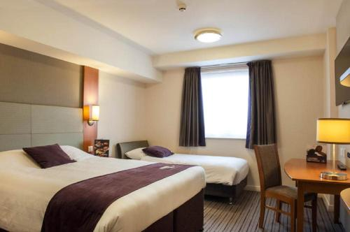 Premier Inn Birmingham Central - Hagley Road photo 9
