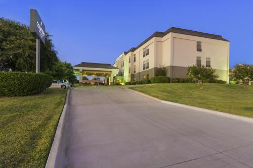 Country Inn & Suites by Radisson, Temple, TX Photo