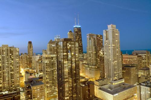 Chicago Premier Suites - chicago -
