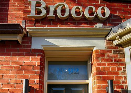 92 Brocco Bank, Sheffield, South Yorkshire, Sheffield S11 8RS, England.