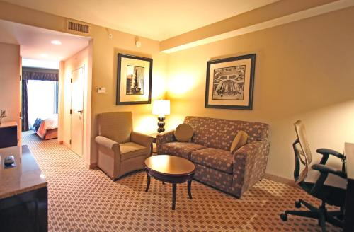 Hilton Garden Inn Cincinnati Blue Ash Photo